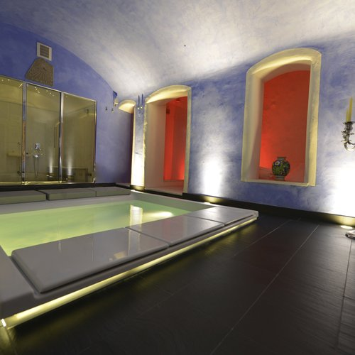 Giovanna Talocci, Wellness room at Palazzi dei Rolli, Genoa. Seaside bath tub by Teuco and Hammam by Effe